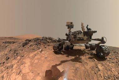 Přelomový nález: NASA objevila na Marsu prastarý organický materiál a záhadný metan
