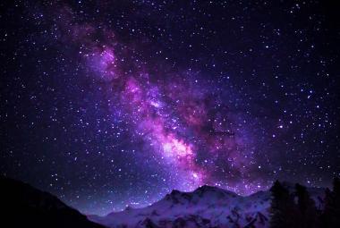 Astronomové zvážili Mléčnou dráhu. Má hmotnost 960 miliard Sluncí