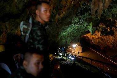 Záchranné operace v thajské jeskyni