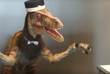 Robotičtí dinosauři už v Japonsku fungují jako recepční
