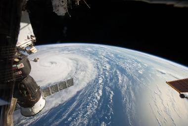 Za díru na ISS mohou Američané, tvrdí Rusko. Chtěli se údajně dřív vrátit domů