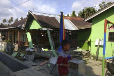 Následky zemětřesení ve městě Donggala na indonéskem ostrově Sulawesi