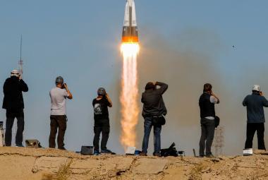 Co bude dál s posádkou na ISS? Rusko odkládá starty raket s lidmi i zásobami