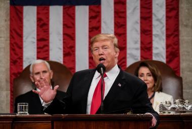 Trump přednáší poselství o stavu unie