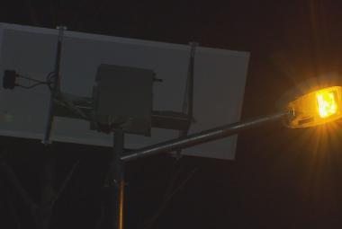 První obec v Česku má ohleduplné veřejné osvětlení. V Hrusicích šetří energii i přírodu