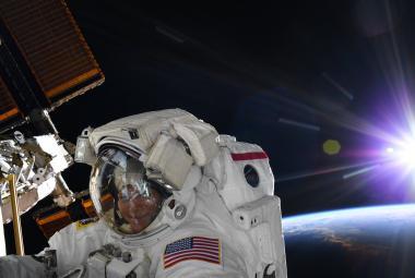 NASA zrušila první čistě ženský výstup do kosmického prostoru. Astronautce nesedl skafandr