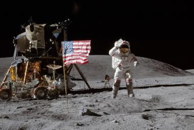 Donald Trump přikázal, aby do pěti let přistáli američtí astronauti na Měsíci