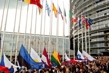 Obavy z levné pracovní síly i růst evropského významu. Příchod desítky nových členů byl pro EU výzvou