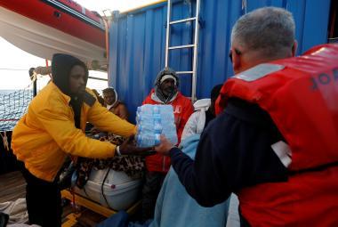 Beženci na lodi Alan Kurdi