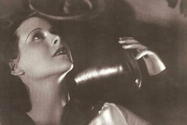 Hvězda filmu Extase večeřela s Hitlerem. Pak vymyslela technologii umožňující mobily