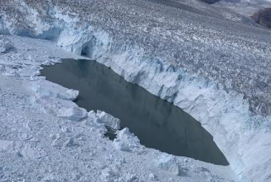 Družice NASA ukázala ústup grónských ledovců za posledních padesát let