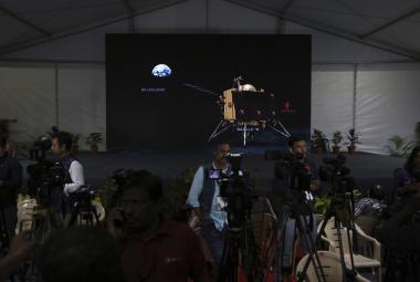 Indický pokus o přistání na Měsíci s největší pravděpodobností selhal