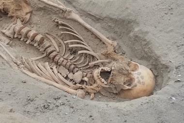 Archeologové v Peru odkryli už 227 dětských ostatků. Jde o největší obětiště svého druhu