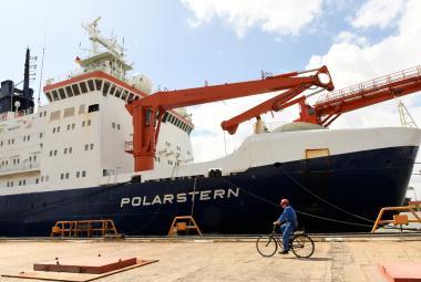 Vyplouvá největší arktická výprava v dějinách. Šest stovek vědců bude studovat změny klimatu i přírodu