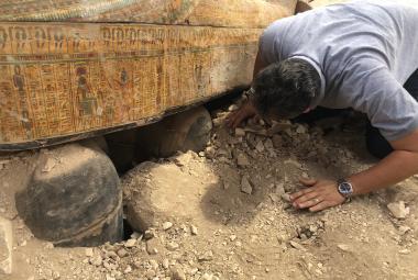 Egyptští archeologové našli v Luxoru 20 starověkých sarkofágů