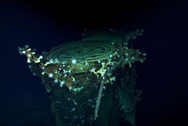 U atolu Midway se našly vraky dvou japonských letadlových lodí. Kagu a Akagi tam za války zničily americké bomby