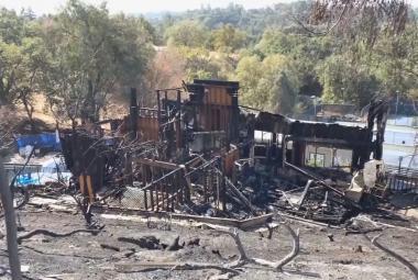 Nejen spálená půda. Požáry v Kalifornii strmě zvyšují ceny pojistek, pro někoho jsou už nedosažitelné