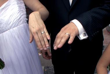Tetování, kariéra, bydlení a nástrahy života. Manželské etudy přebírá generace 21. století