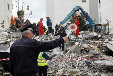 Zemětřesení posunulo albánský Drač o deset centimetrů. Tragédii zřejmě zhoršila výstavba bez pravidel