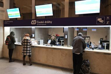Pokladny Českých drah na hlavním nádraží v Brně