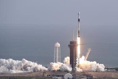 Další úspěšný test pro SpaceX. Při startu Crew Dragon byla cíleně zničena nosná raketa