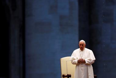 Tato bouře odhalila ego i sounáležitost, řekl papež František v mimořádném požehnání Urbi et Orbi