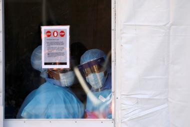 Zdravotníci mezi mrakodrapy. New York bojuje s epidemií koronaviru