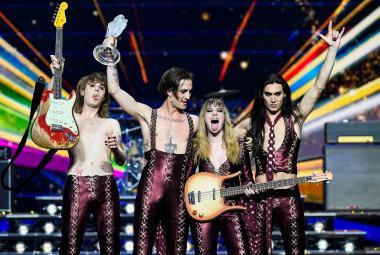 """""""Jsme úplně bez sebe."""" V Eurovizi 2021 zvítězili italští rockeři Maneskin"""