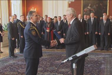 Reportéři ČT: Hasiči podepsali smlouvy bez tendrů za desítky milionů korun. Případem se zabývá antimonopolní úřad