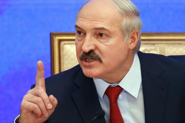 Běloruský prezident Lukašenko obvinil Rusko z pokusu o anexi