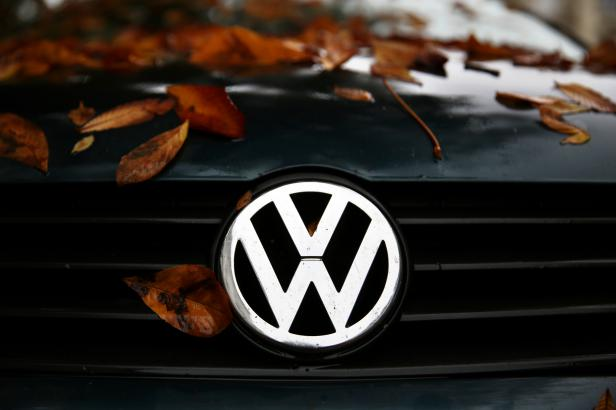 Systém zkreslující emise měl i VW Touareg. Automobilka musí svolat přes 57 tisíc vozů