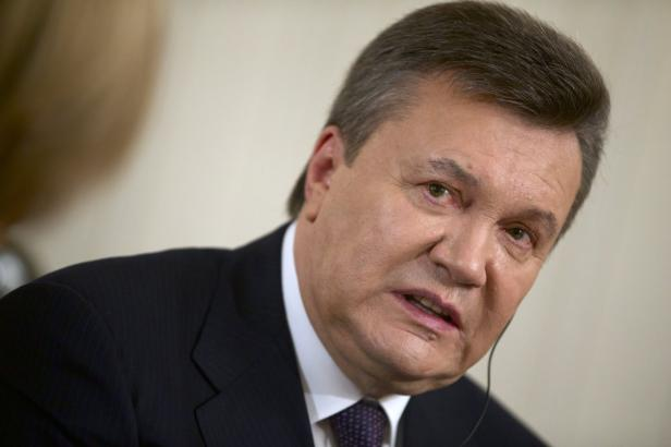 Ukrajinská prokuratura chce pro Janukovyče patnáct let vězení za vlastizradu
