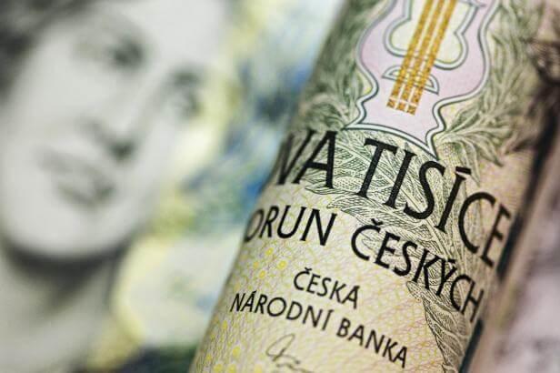 Soud řeší daňový únik za půl miliardy. Za mobily z Hongkongu
