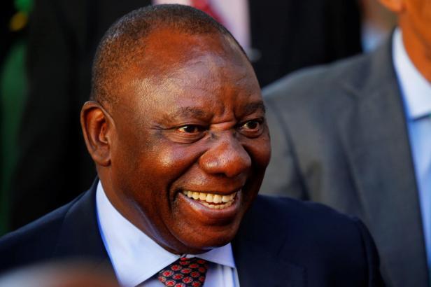 Prezidentem JAR se stal podnikatel a milovník rychlých aut Ramaphosa. Slibuje tvrdý boj s korupcí