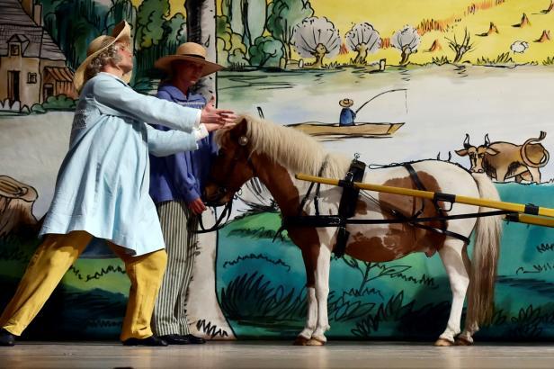 Národní divadlo uvede baletní klasiku Marná opatrnost. Dorazí poník i tančící slepice