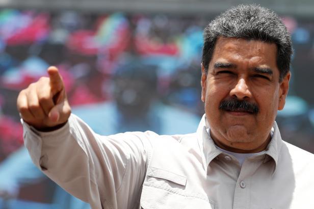 Maduro by si měl odsedět 18 let. V symbolickém procesu ho odsoudili venezuelští soudci v exilu