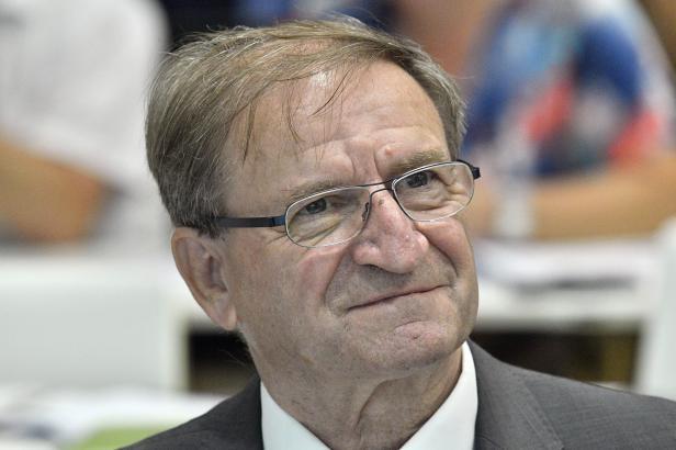 Petr Moos je novým předsedou dozorčí rady Českých drah. Chce řešit propojení jízdenek různých dopravců