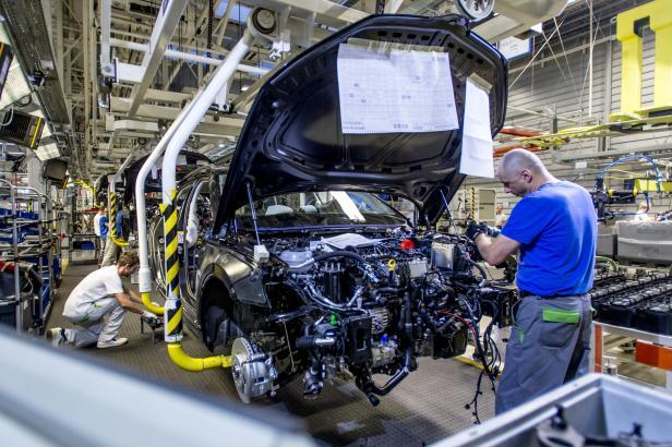 Škoda Auto dodala v listopadu méně aut. Silný pokles zaznamenala v Číně