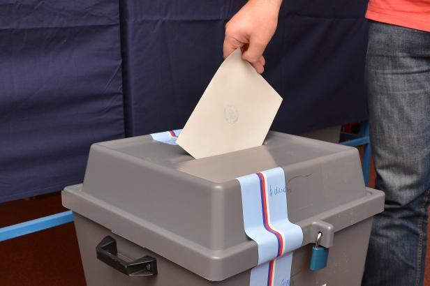 V sauně nebo ve skanzenu, volit se bude i na neobvyklých místech