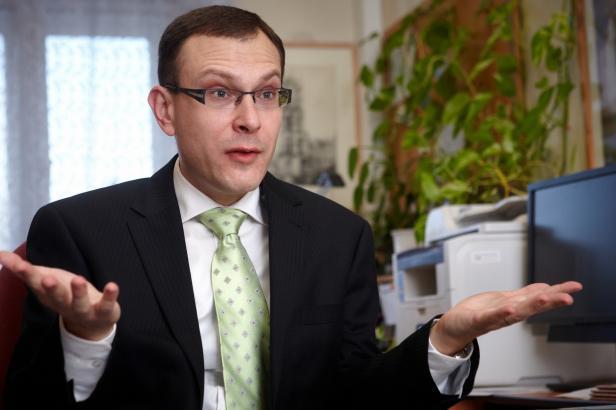 Držet vládu v demisi čtyři roky by mělo povahu ústavního puče, říká Kysela