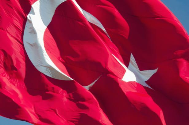 V Turecku odsoudili na doživotí šest lidí, včetně tří novinářů. Reportéři bez hranic mluví o černém dni pro svobodu tisku