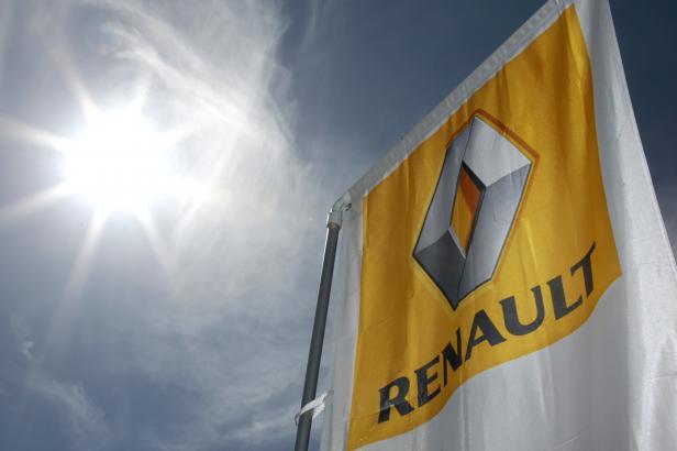 Francouzská vláda hledá nového kandidáta do čela Renaultu místo Ghosna