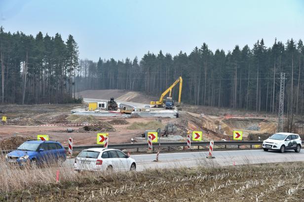 Obchvat Českých Budějovic se začne stavět až příští rok. Původně chtěli silničáři začít už letos