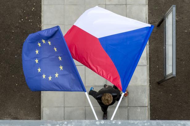 Auditoři Bruselu přijedou zkoumat podezření na Babišův střet zájmů při čerpání evropských dotací