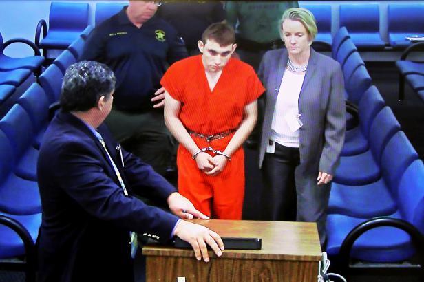 """""""Cruz chce zaútočit ve škole."""" FBI přiznala, že v případě střelce z Floridy neprověřila varování"""