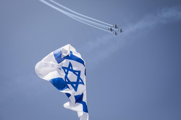 Izrael slaví výročí nezávislosti. Podle židovského kalendáře vznikl přesně před 70 lety