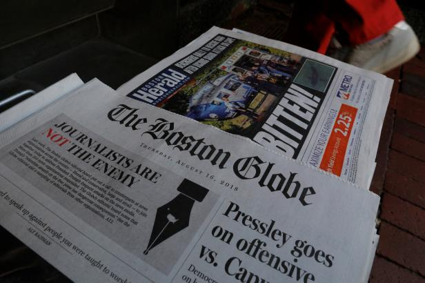 Na 350 amerických a evropských deníků vydalo úvodníky. Ohrazují se v nich vůči Trumpovi
