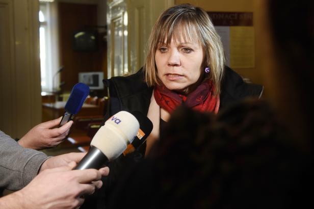Pracovnice Českých drah obviněné kvůli pádu dítěte z vlaku budou definitivně bez trestu. Žalobce dovolání nepodá