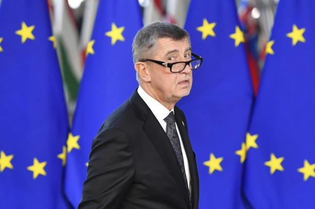 Europoslanci chtějí, aby Unie neposílala peníze Agrofertu. Schválili nejtvrdší verzi rezoluce