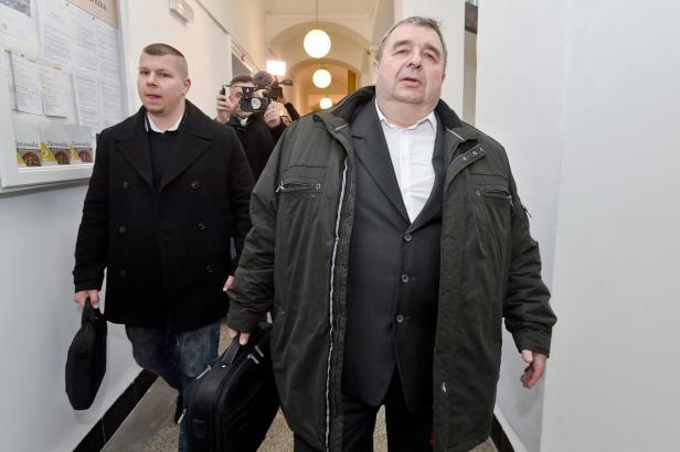 Bývalý tajemník SPD Staník popřel údajné nenávistné výroky. Byl jsem opilý a slavil, brání se
